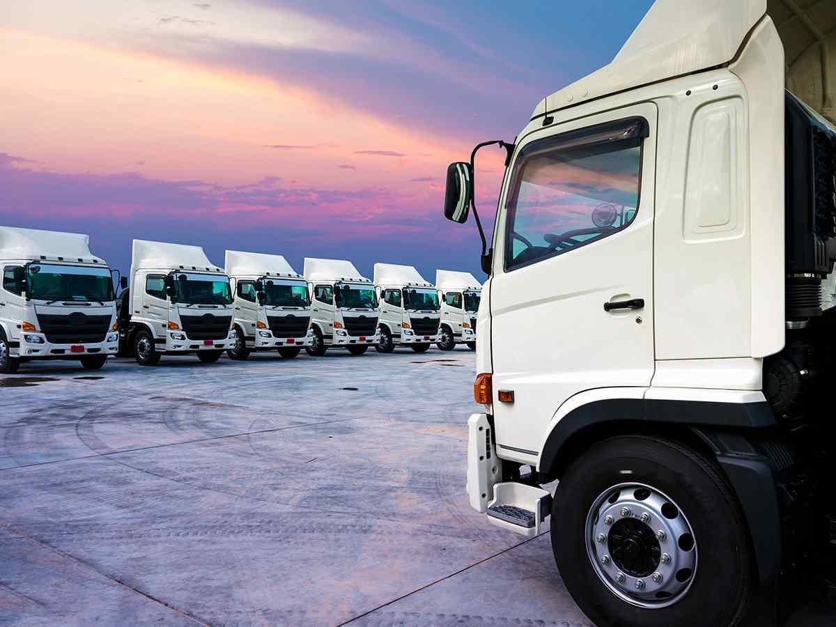 http://www.transporteinternacionalalmansa.es/wp-content/uploads/2017/08/inner_big_trucks_02.jpg